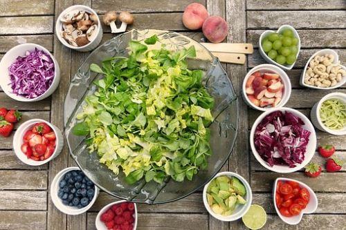 Nadváha ..? Ochutnajte zeleninu a ovocie!