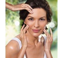 Kosmetické ošetření ultrazvukovou špachtlí a nano lifting  kolem očí